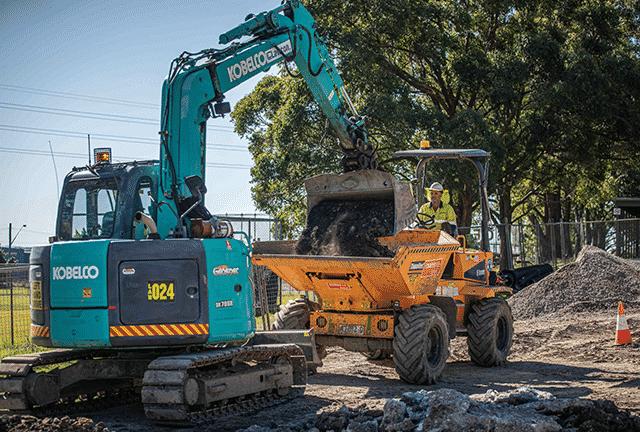 Lawcon and Kobelco Excavators »